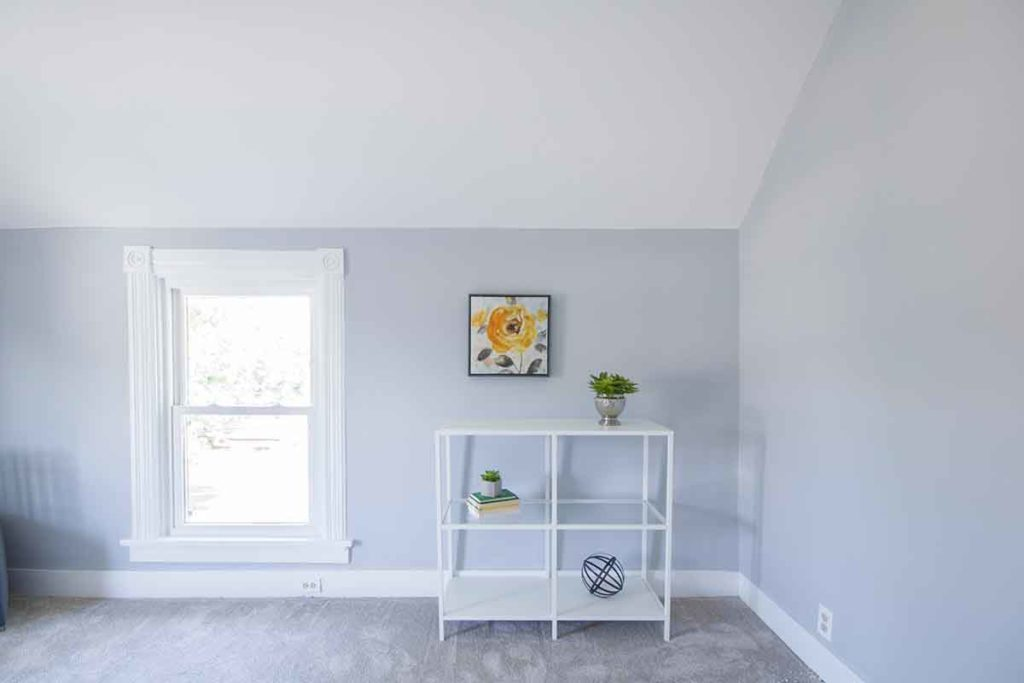 Trim Paint Refinishing: Baseboards, Crown Moulding   Bright